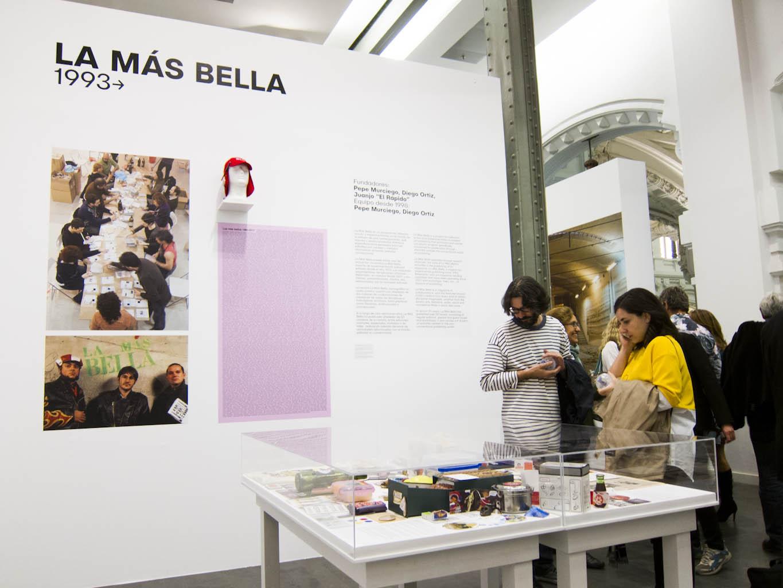 2fd26538d65c68 Algunas imágenes de la exposición La Cara Oculta de la Luna y las máquinas  BolaBellamátic con La Más Bella BANDA en su interior: